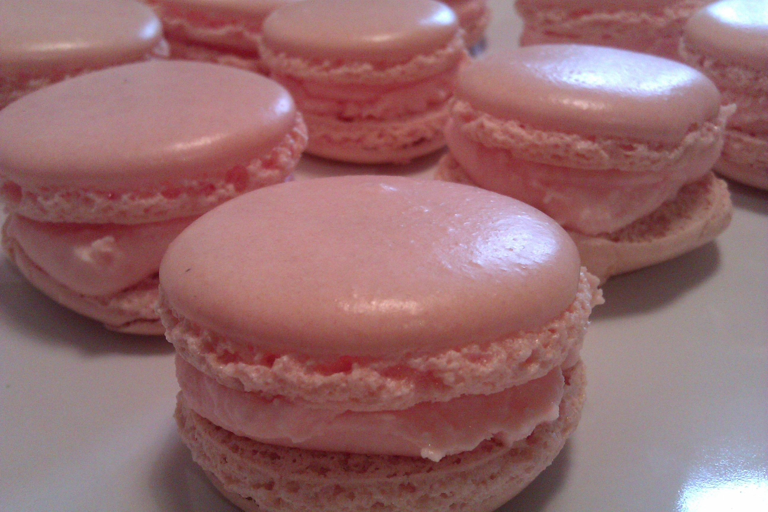 Easy french macaron recipe macaroons howtocookthat for Easy french dessert recipes