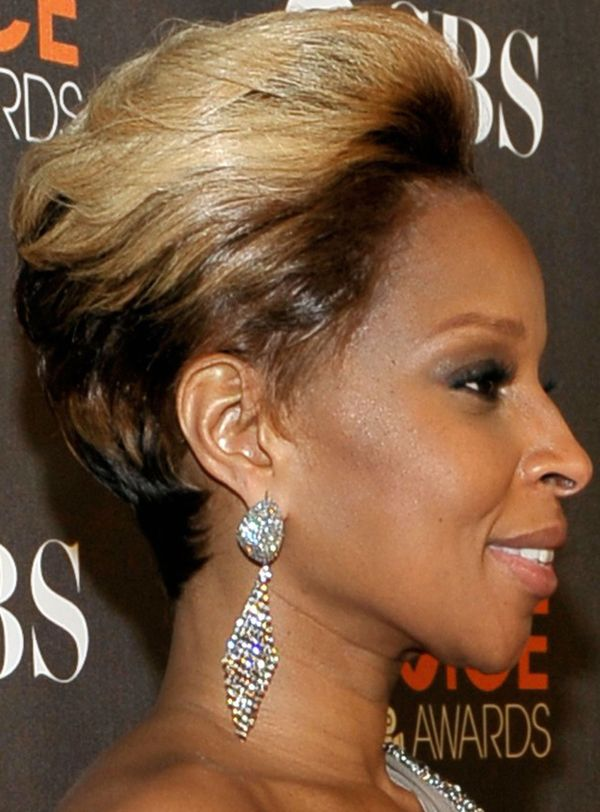 Mary J Blige Hairstyle Queen Mary Pinterest Mary Short Hair
