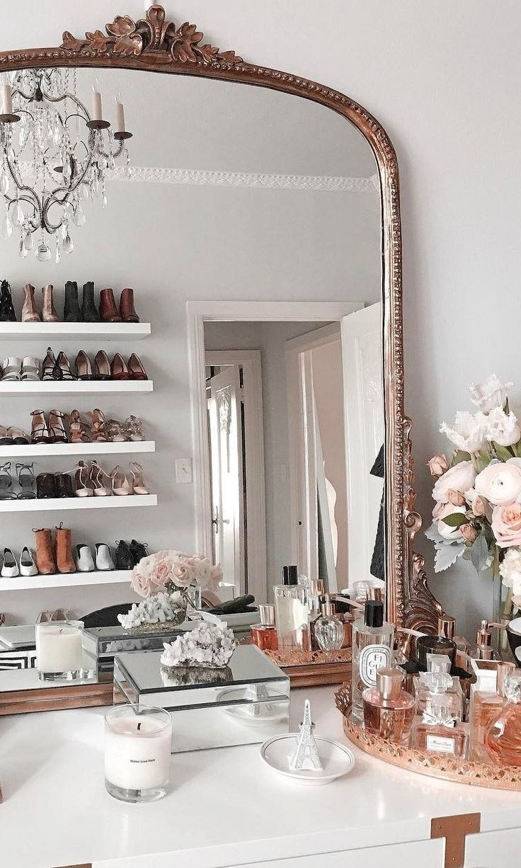 #möbel These It Girls Have The Most Photogenic Homes On Instagram
