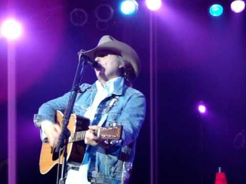 Dwight Yoakam - Suspicious Minds/To Love Somebody, LIVE