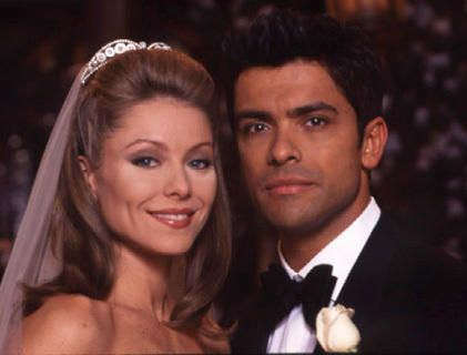 This Pic Is Of Kelly Ripa Her Husband Mark Consuelos Played On All My Children