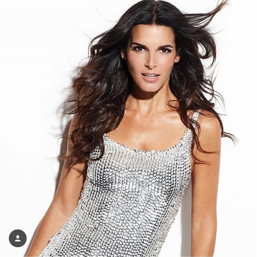 Paparazzi Angie Harmon born August 10, 1972 (age 46)  nudes (19 images), YouTube, underwear