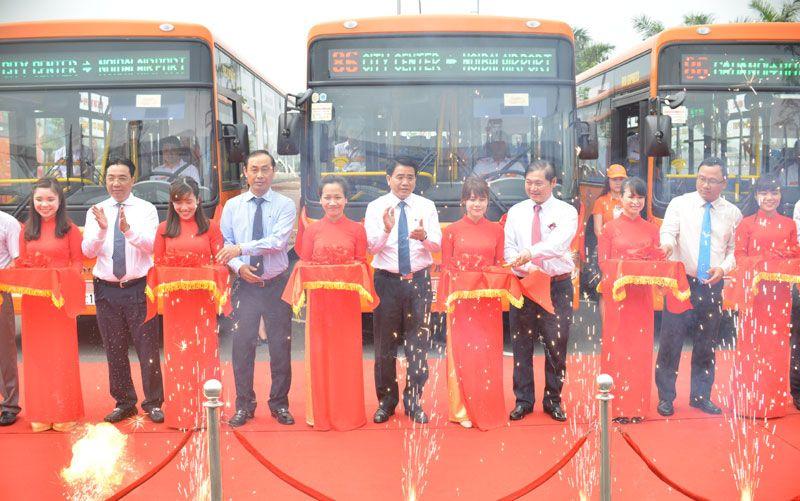 Khai trương tuyến xe bus chất lượng cao sân bay Nội Bài - Ga Hà Nội