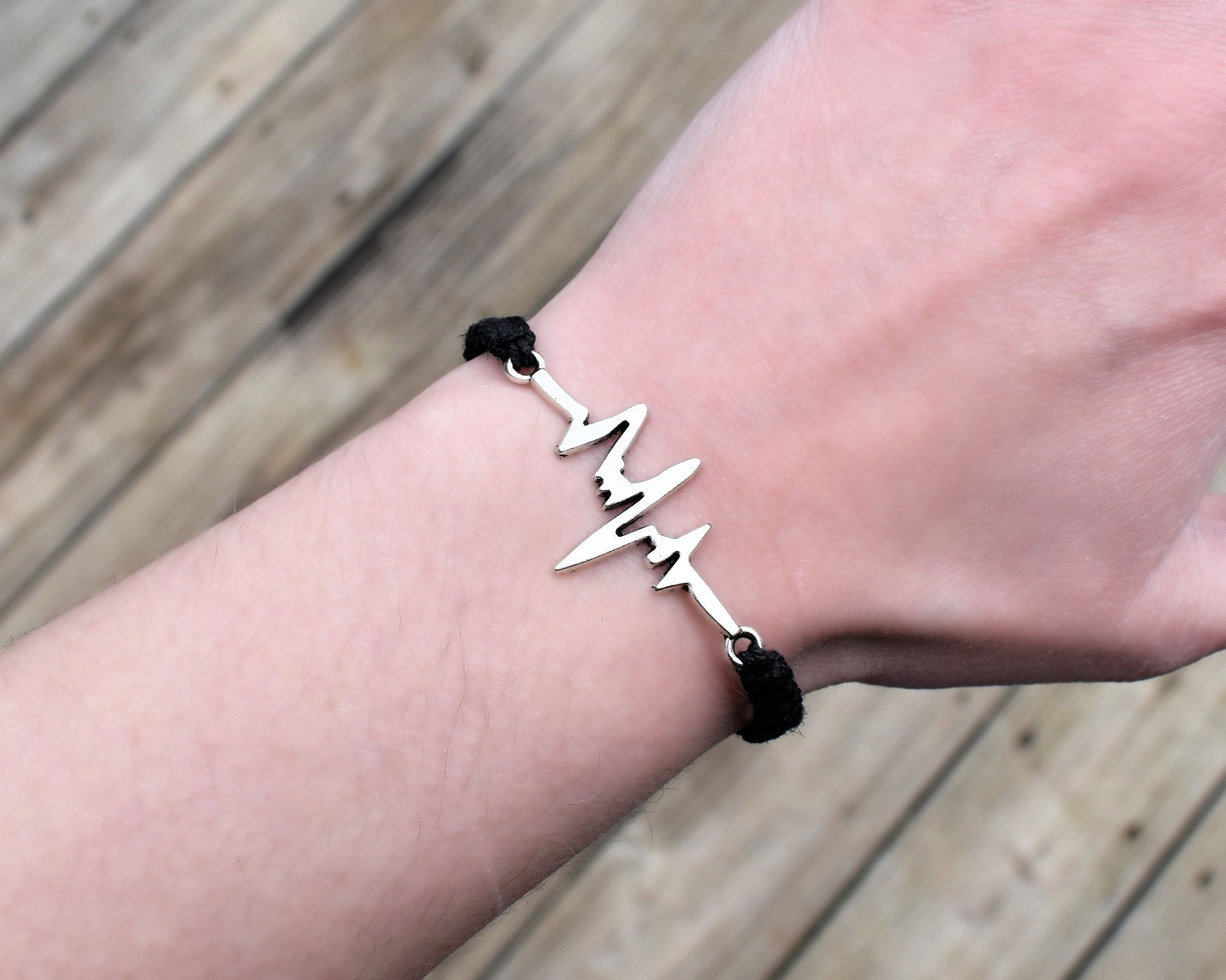 Heartbeat Bracelet Adjule Hemp