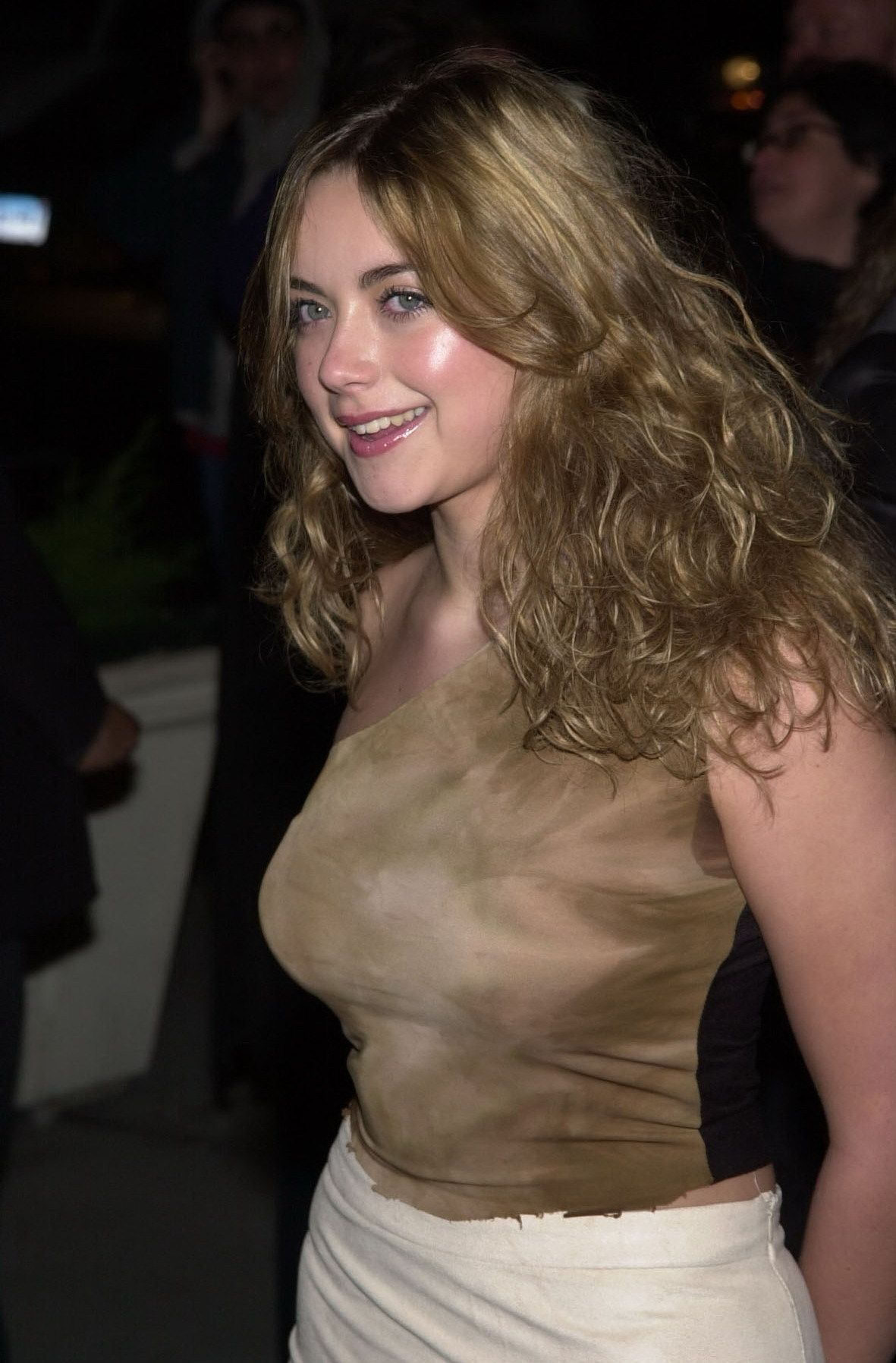 Discussion on this topic: Annabelle Moore, charlotte-church/