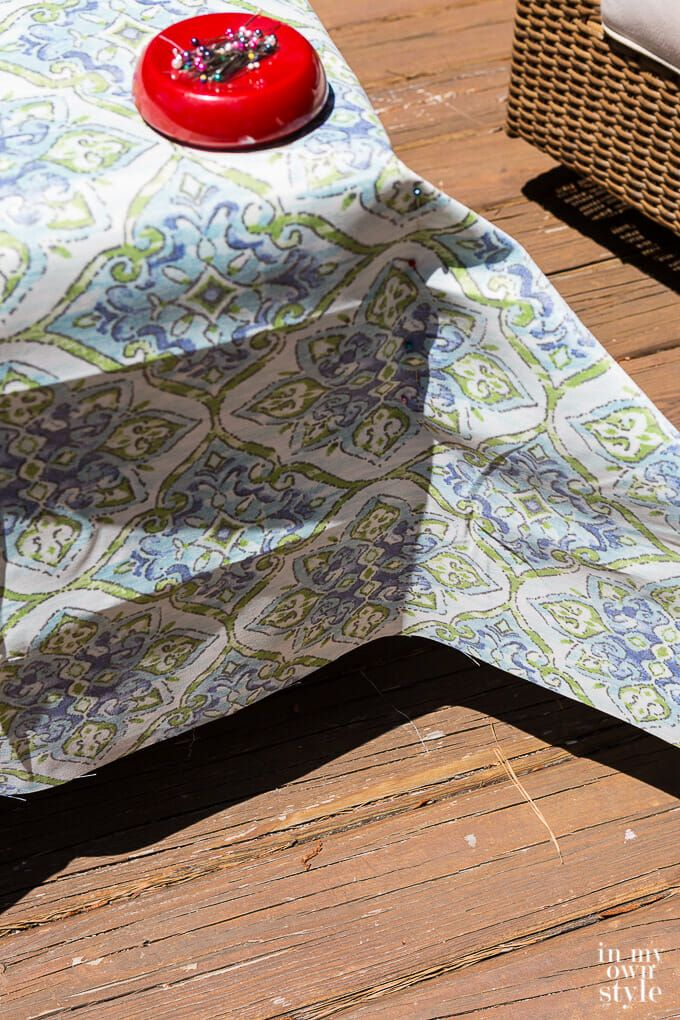 Easy Ways to Make Indoor and Outdoor Chair Cushion Covers