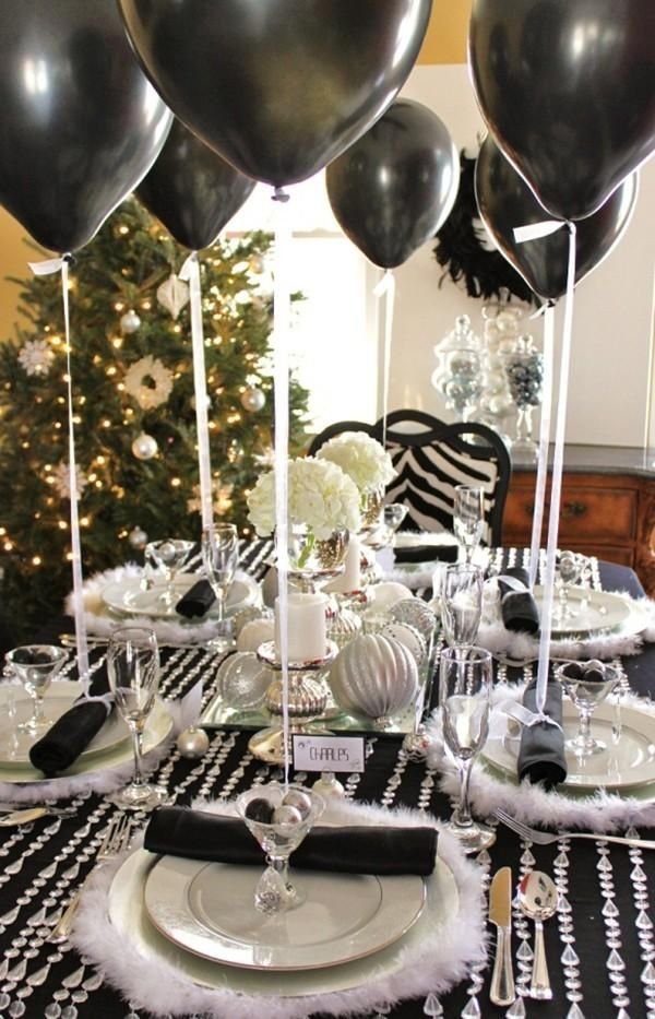 idees de decoration de table du jour de l an noir et blanc