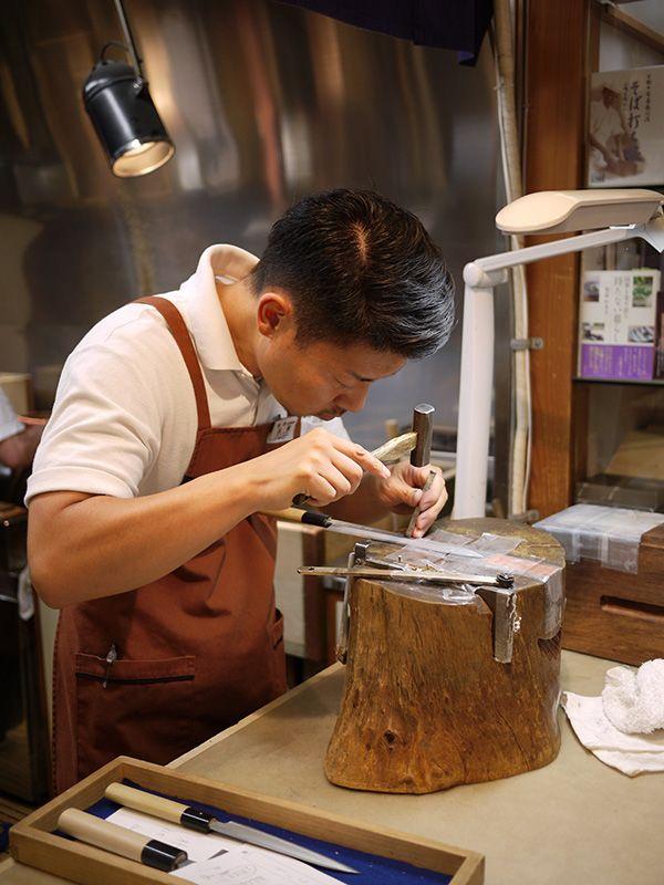 fabrication artisanale de couteaux japonais