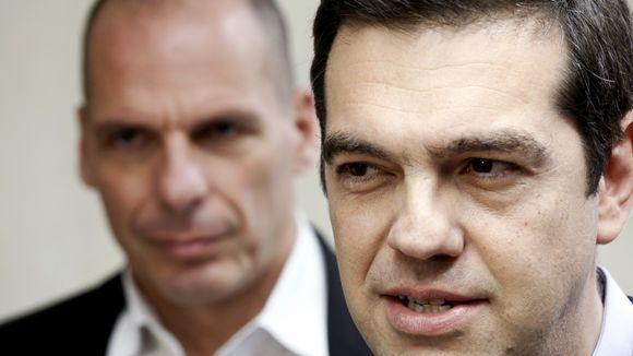 AMERIČKI PUBLICISTA VILIJAM ENGDAL OTKRIVA: Varufakis je bio trojanski konj zapadnih bankara i grčkih oligarha, koji je pripremao Grke na klanje- Sledeća je Italija, a onda redom do potpunog haosa!!