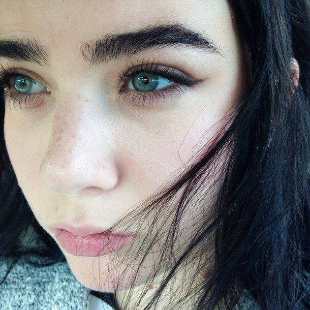 Messy Imperfect Thick Brows Perfect Eyebrows Natural Eyebrows Thick Brows