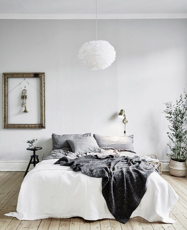 Light Grey Bedroom Ideas: Scandinavian Design Bedroom