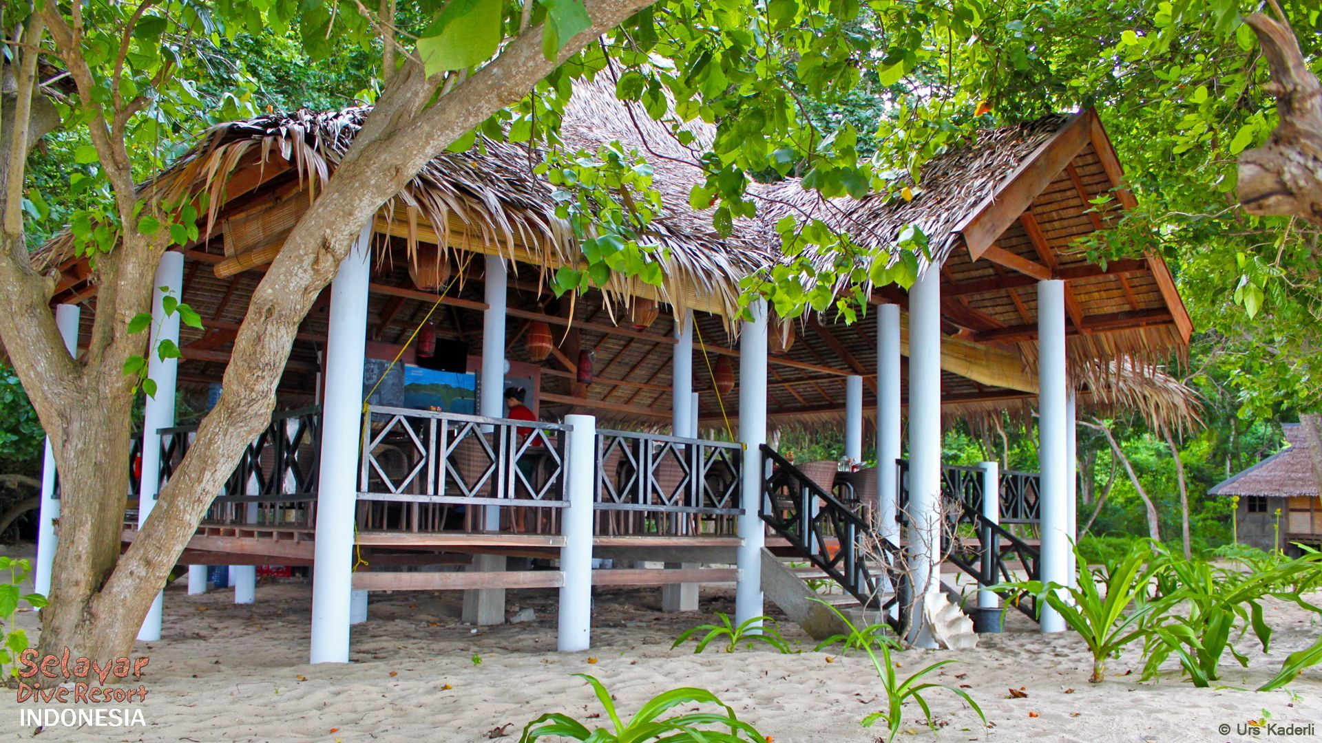 Beach Restaurant Indonesia Selayar Dive Resort