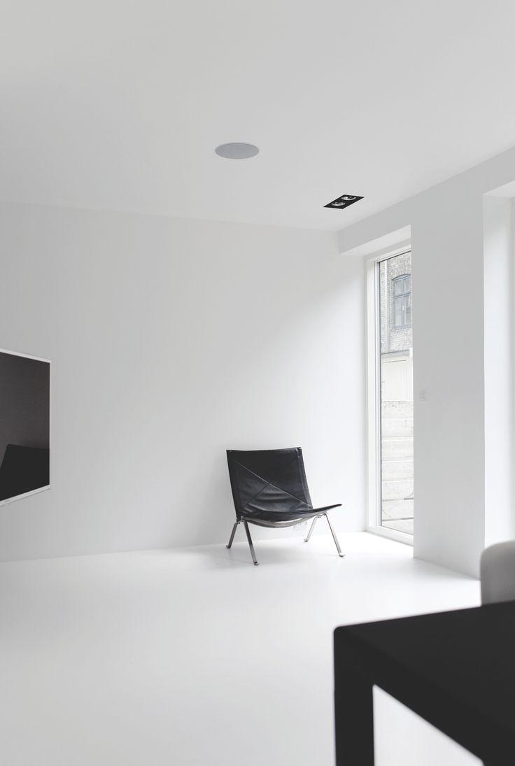 Copenhagen Townhouse, white interior with black furniture ...