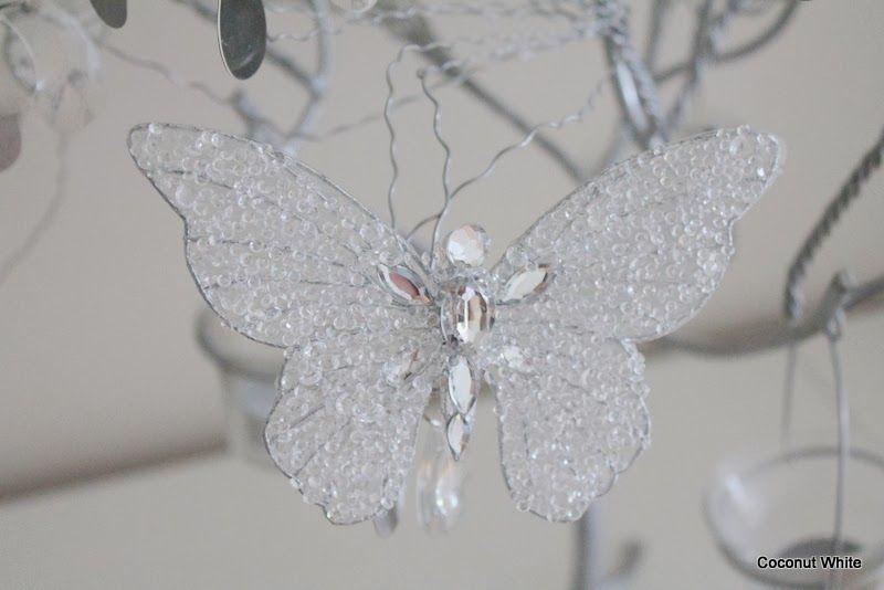 Coconut White: Christmas decoration