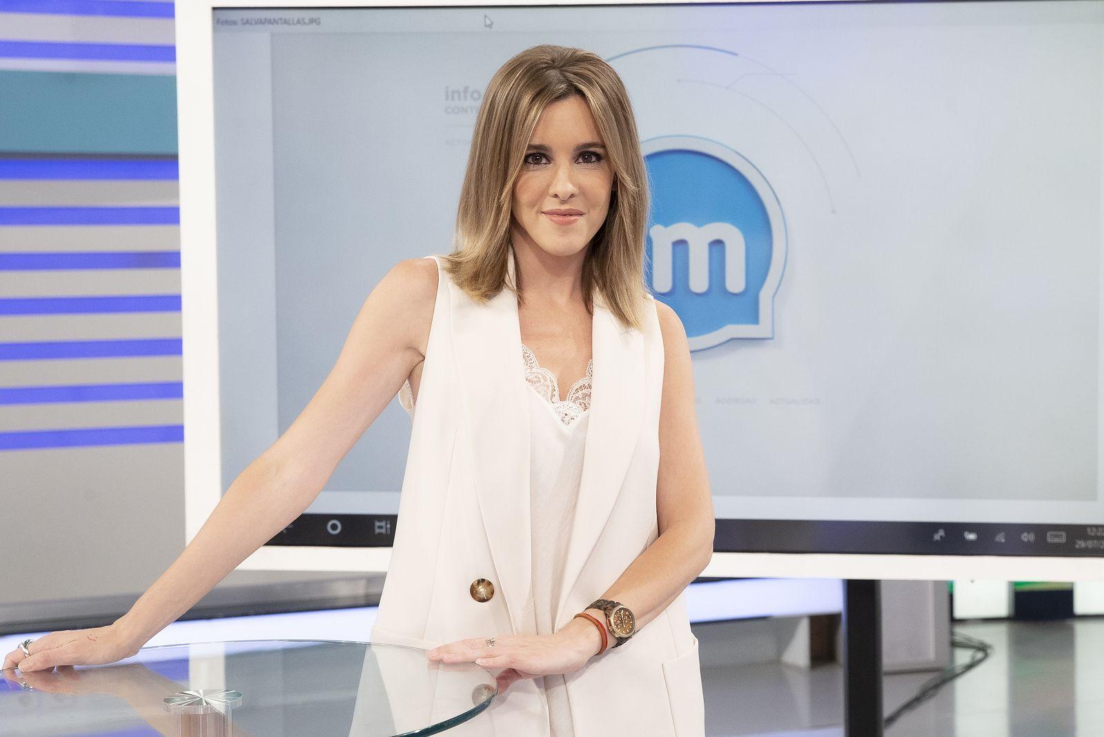 Ana Ibañez Me He Quitado El Corsé De Los Informativos Vestidos De Deslizamiento Corsé Nueva Mujer