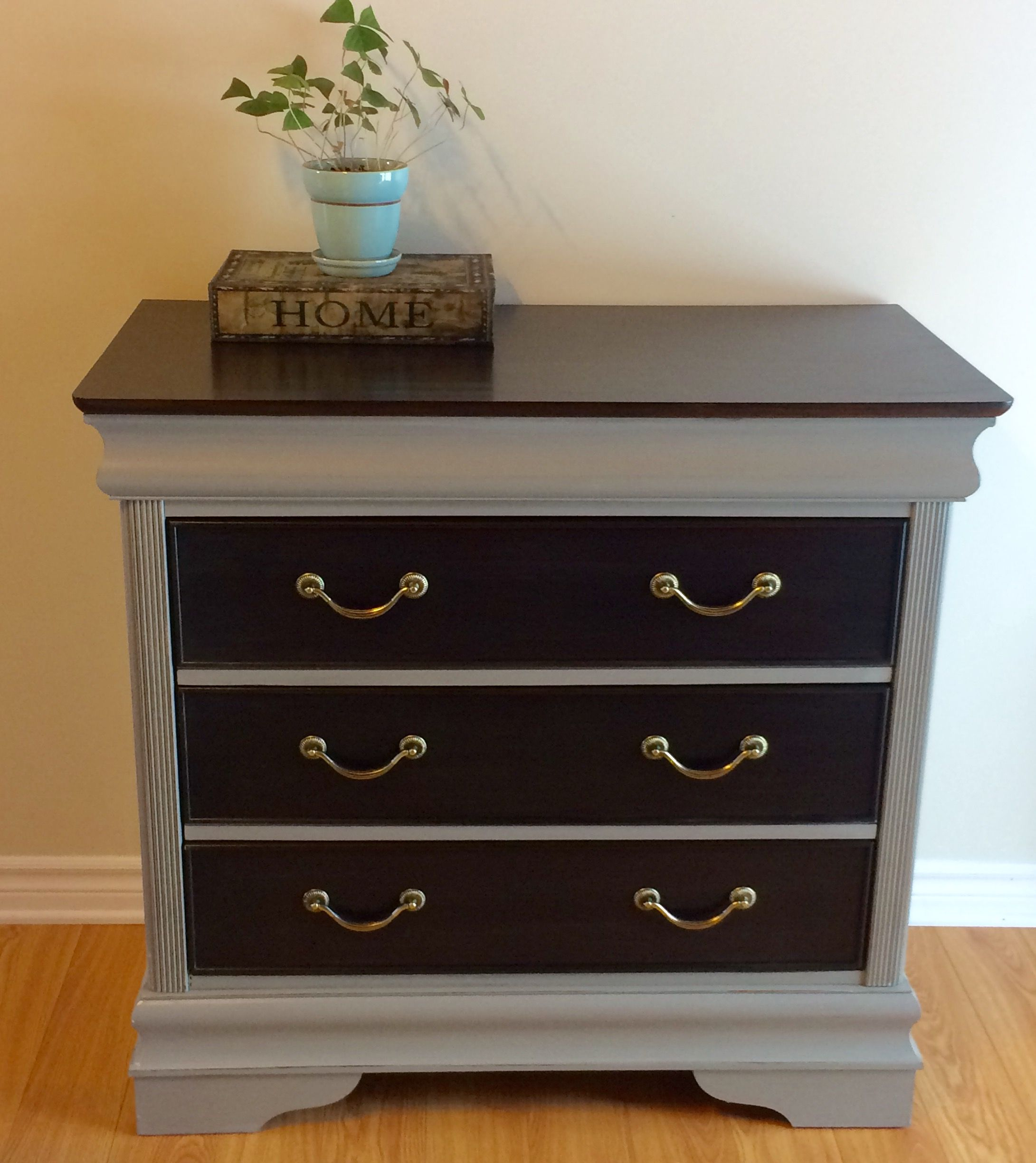 beautiful solid wood dresser dark stain and windsor grey perfect match