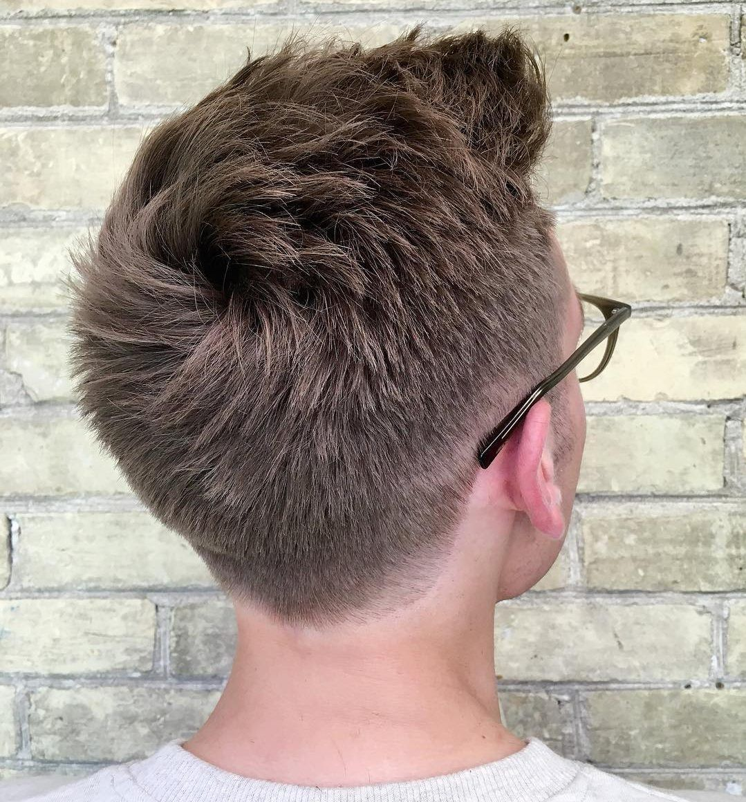 11 Cool Curly Hairstyles For Men Guy Haircuts Hair Trends Fall
