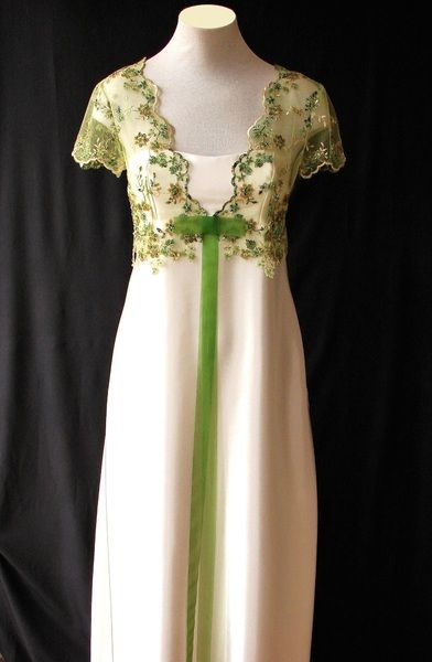 Zauberhaft als Brautkleid udn Standesamtkleid. #Hochzeitskleid #Hochzeit von LLU LLU auf DaWanda.com