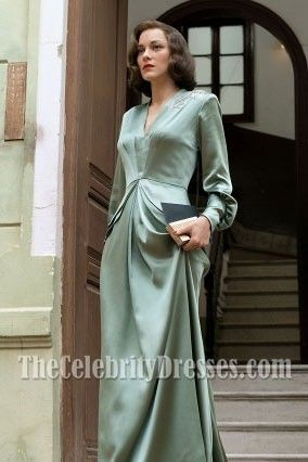 Photo of #MarionCotillard – Mint-embroidered evening dress with #long # sleeves in an allied …