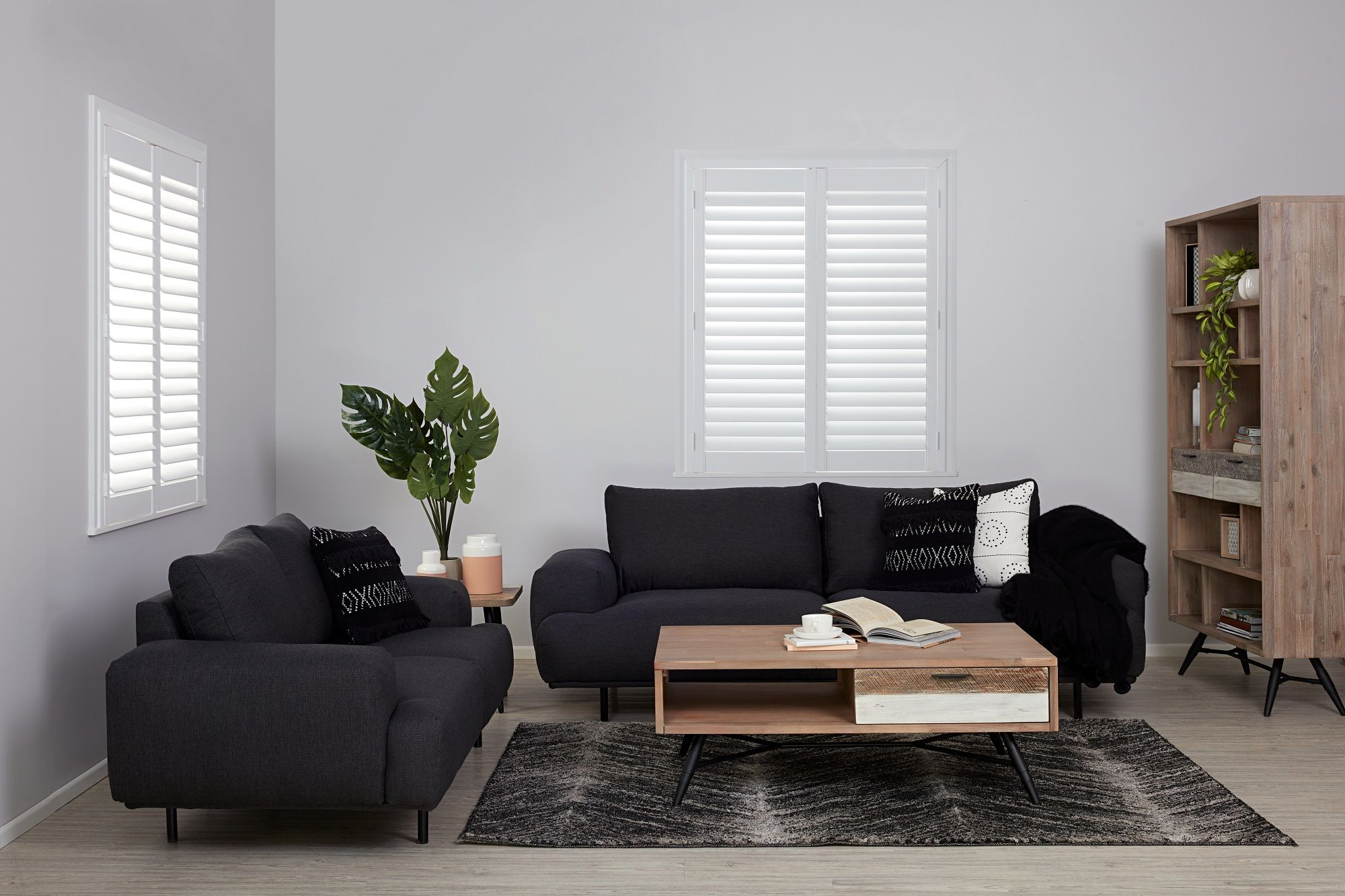 Best Sit Back And Embrace The Comfort Of The Arlington Sofa 400 x 300