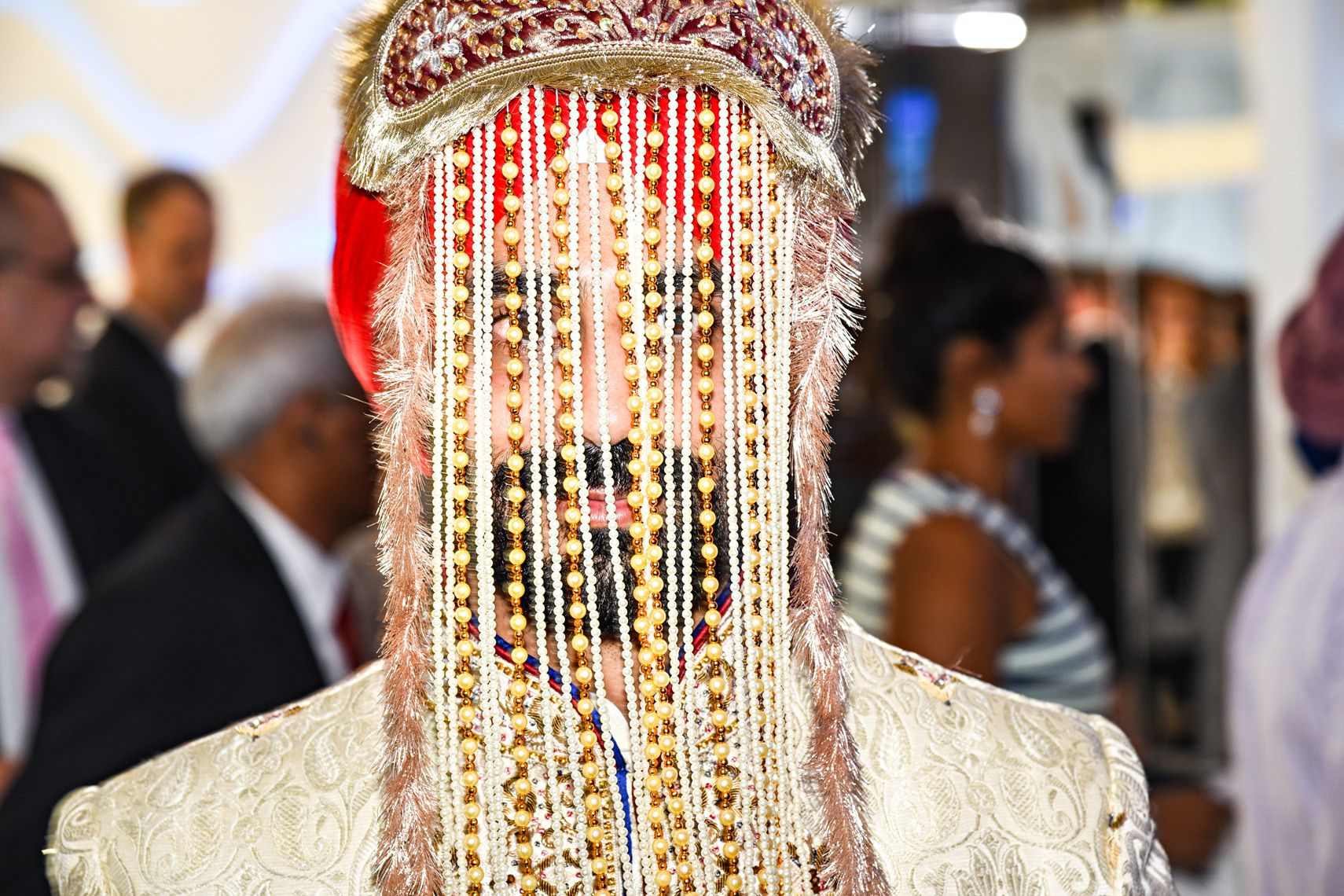 Indian Sehra Traditional Indian Wedding in South Florida Memories for You Weddings & Events  www.memoriesforyouevents.com Tony Gajate Photography  Sonesta Fort Lauderdale  #Memoriesforyou #sonestafortlauderdale #indianwedding #sikhweddingceremony #indiangroom #weddingtraditions #sikh #sikhgroom #sehra