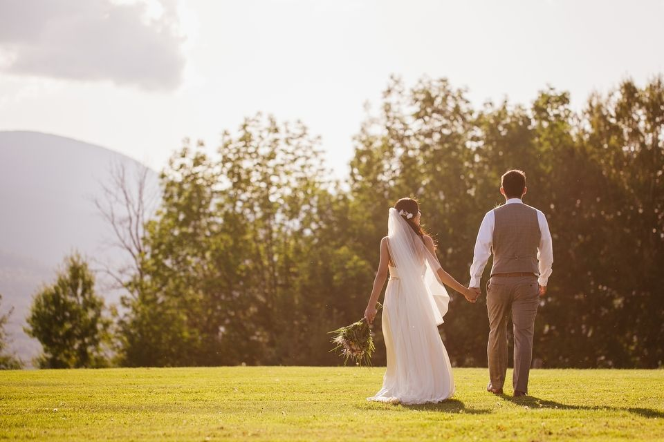 New England Trapp family Lodge wedding in Stowe Vermont by Rivkah Fine Art Photography