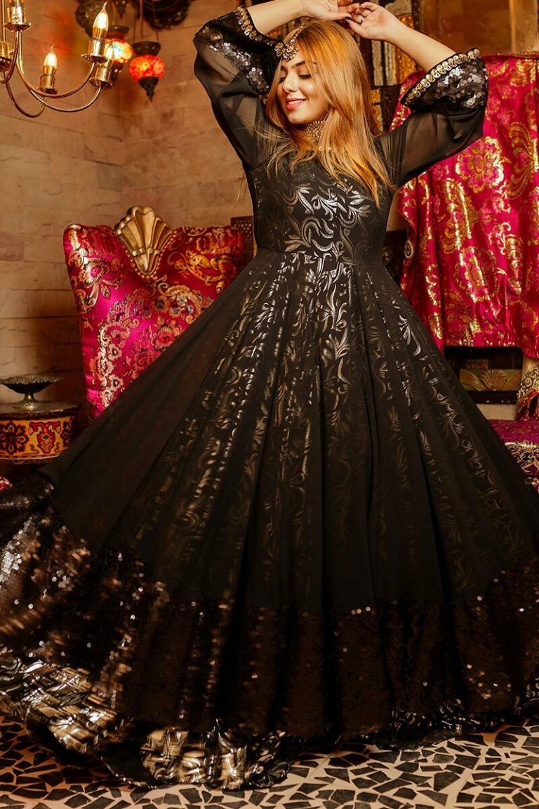 Latest Party Wear Maxi Dresses & Frocks Collection 2021 ...