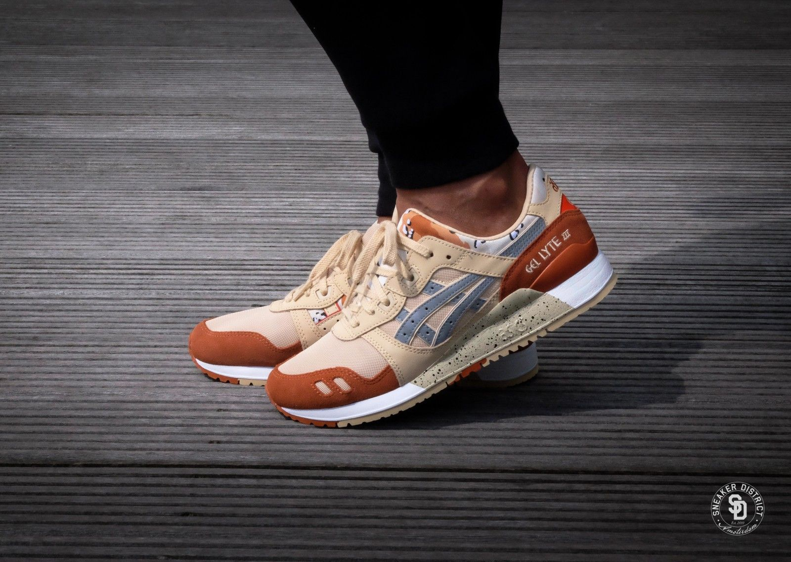 separation shoes 20fbb 07a2e Asics Gel Lyte III Marzipan/Silver - H7Y0L-0593 | •Clothes•