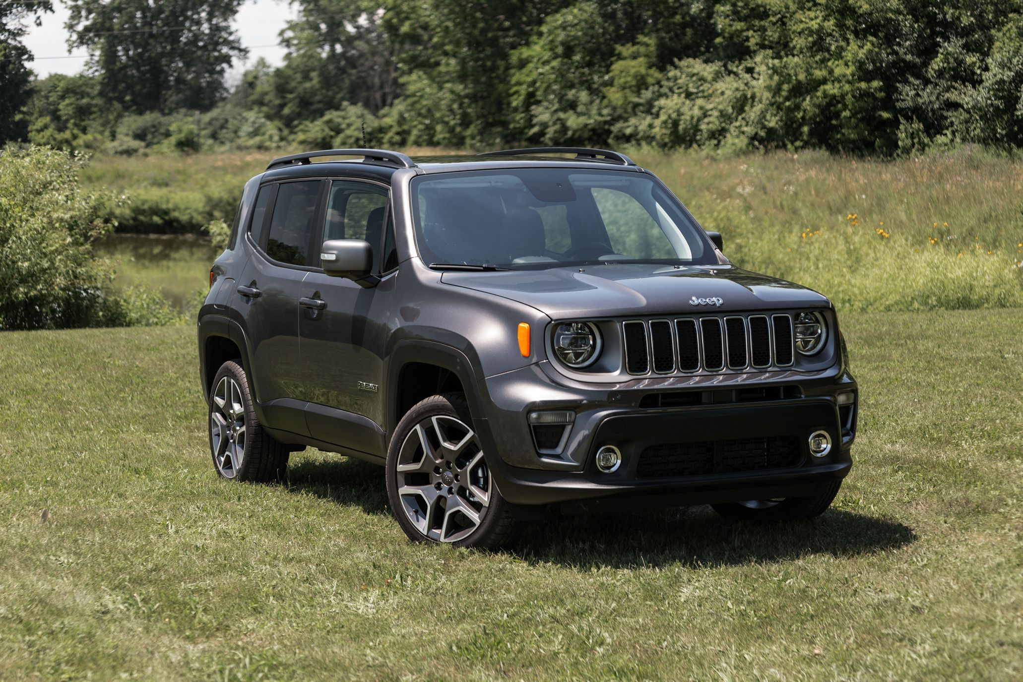 2019 Jeep Renegade Gets Better Looks More Features And A New