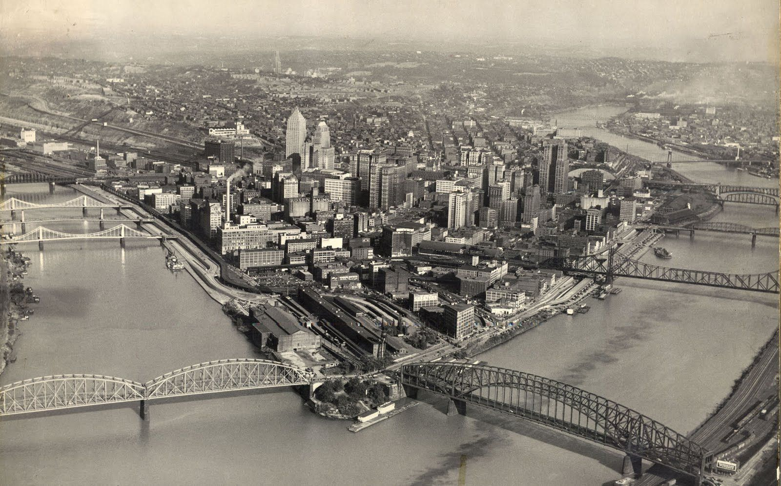 1949 Before The Development Of The All The Beautiful Parks And Open Spaces Downtown Pittsburgh Skyline Pittsburgh City Point State Park Pittsburgh