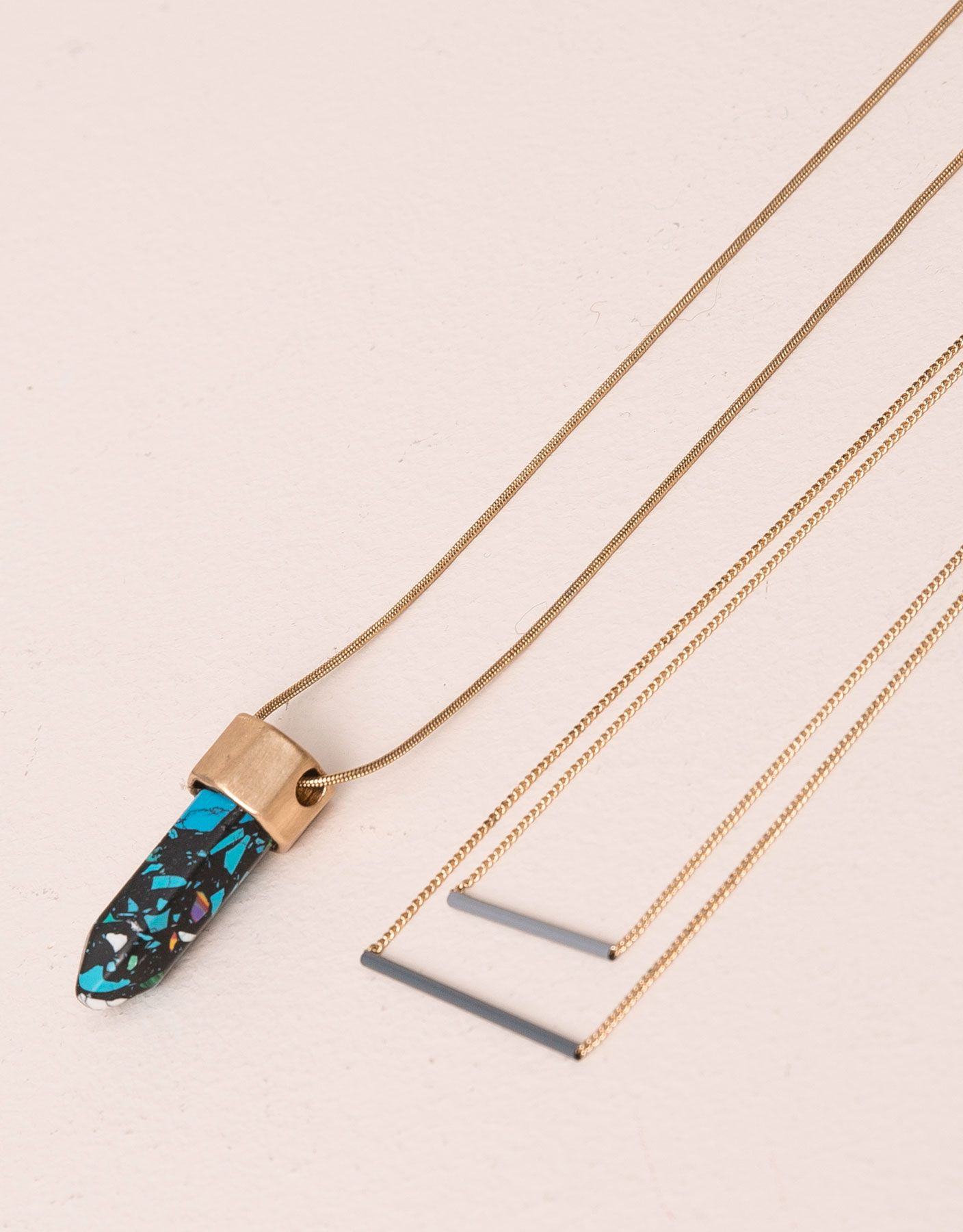 :2-PACK OF MULTICOLOURED GEMSTONE NECKLACES