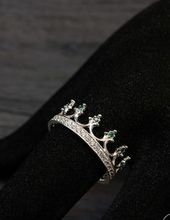 Sterling silver 925 crown wedding ring Green stones crown ring by WeddingRingsSt