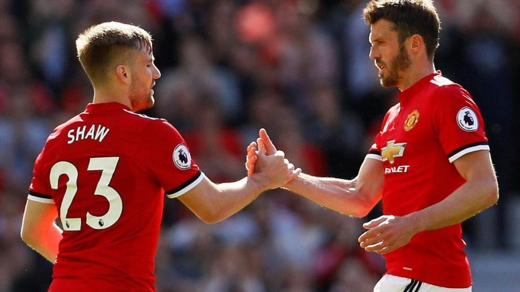 Manchester United Left Back Luke Shaw Has Admitted That Coach Michael Carrick Is Still Good Enough To Play In The Premier In 2020 Premier League League European Soccer