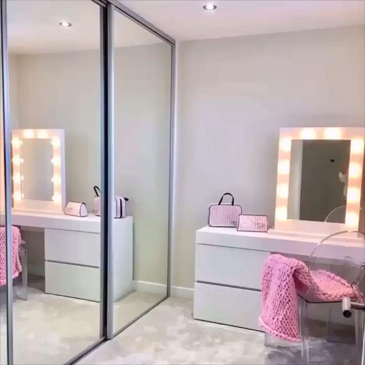 Photo of Julia Hollywood Mirror | Illuminated Make Up Mirror With lights around it