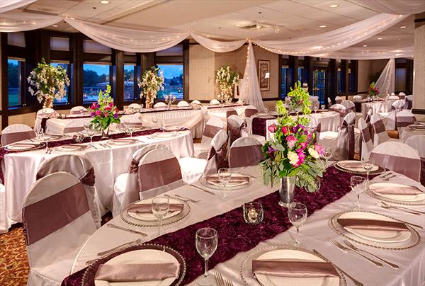 Edinburgh Usa Reception Venues In Minnesota In Minneapolis Mn Minnesota Wedding Venues Mn Wedding Venues Perfect Wedding Guide