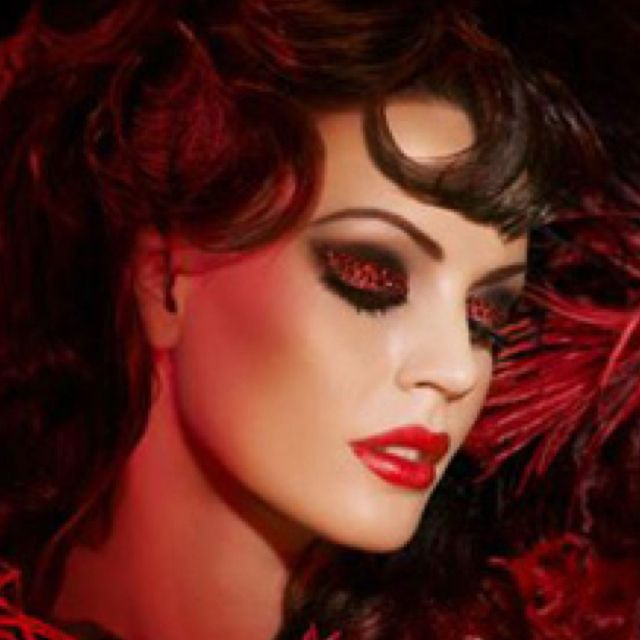 Pin By Alyssa Blackford On Makeup I Love Rouge Makeup Makeup Moulin Rouge Outfits