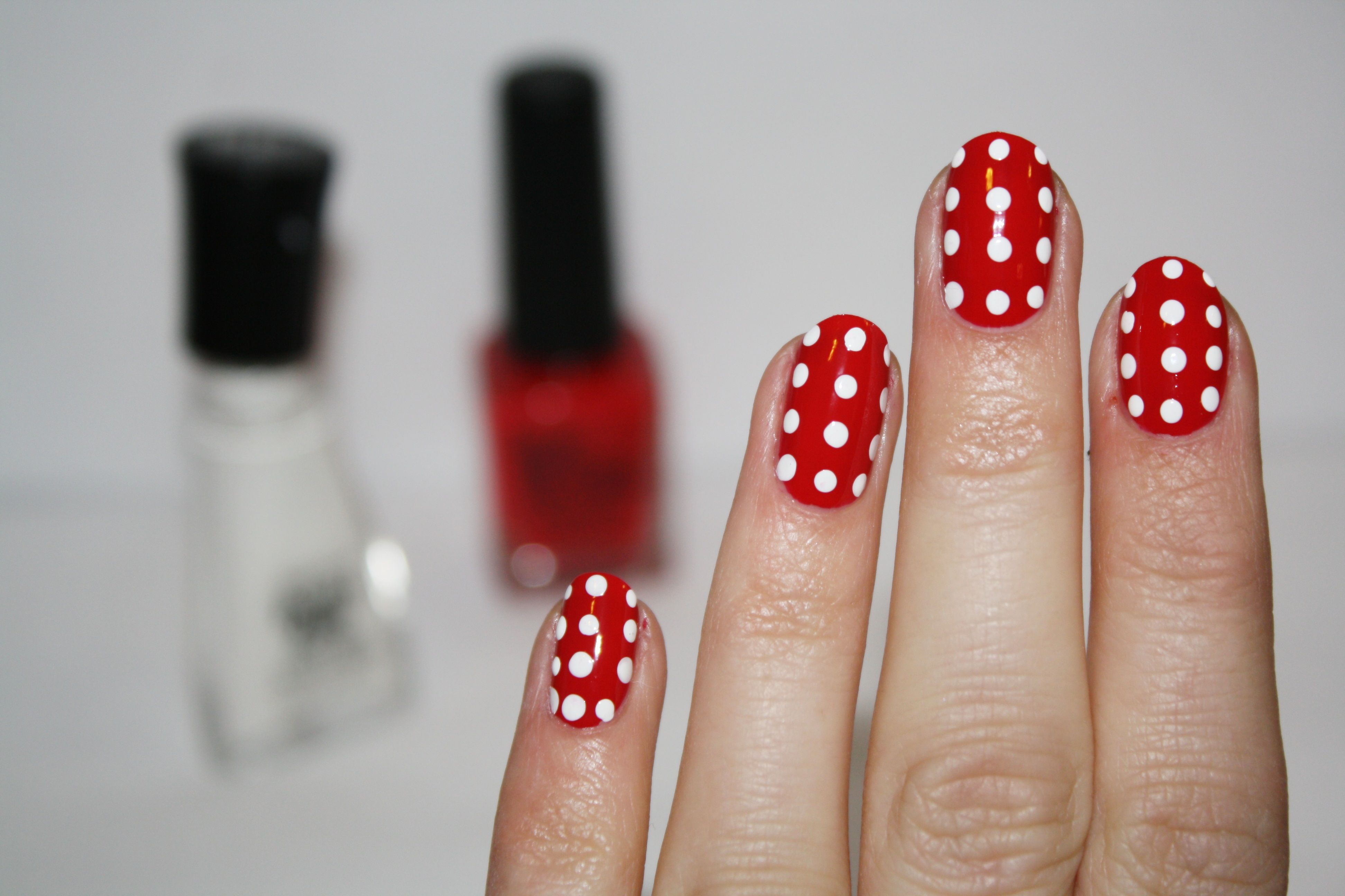 Red polka nails pretty things pinterest justgirlythings daily