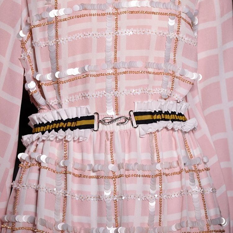 Mother of Pearl в Instagram: «#SS16 close up ~ embellished baby pink check #lfw #lfwss16 #closeup #details #motherofpearl #motherofpearlss16 #moplondon #fashionweek»
