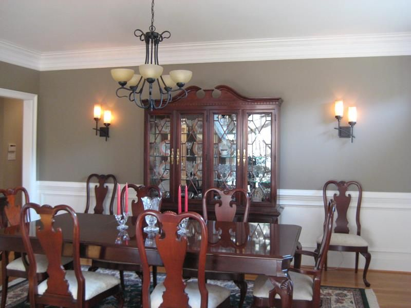 The Ultimate Dining Room Design Guide | Dining room walls ... on Dining Room Sconce Idea id=25356