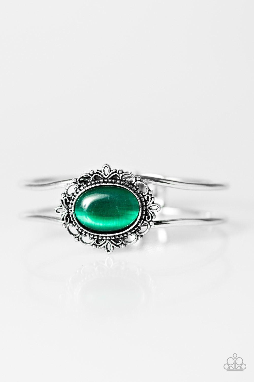 b69defc8025fd OMG look at that GREEN moonstone! #gajewelryjunkie #blinglife ...