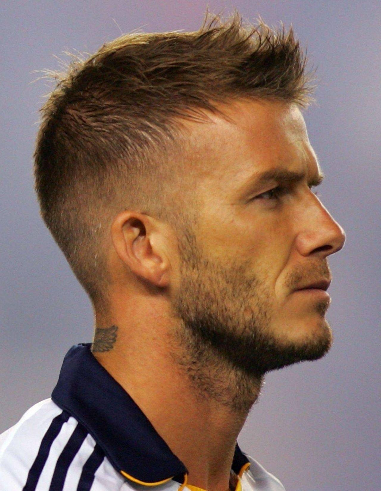 Luxus Rasierte Frisuren für Männer #undercut ...
