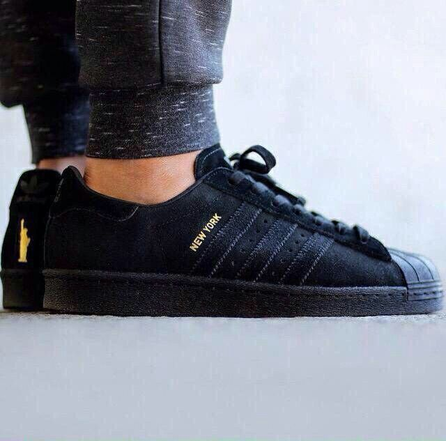 Adidas Superstar City Pack New York | All black sneakers