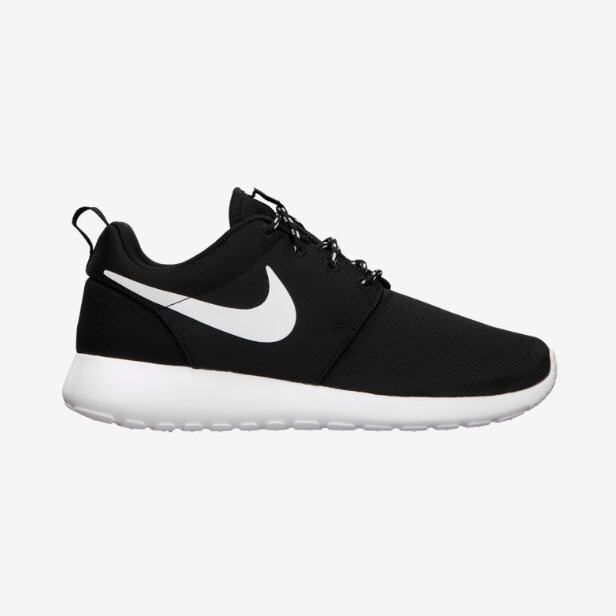 Tendance Basket Femme 2017- Nike Roshe Run - Baskets Nike Femme - FlashMag  - Fashion & Lifestyle Magazine