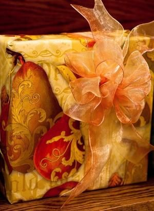 amber ribbon and pears by kathy