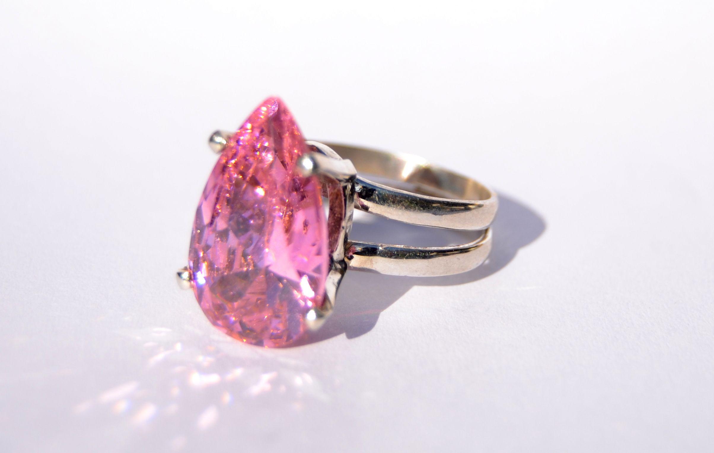 anillo zirccon rosa http://qalajoyas.com/tienda/producto/anillo-queen-rosa/