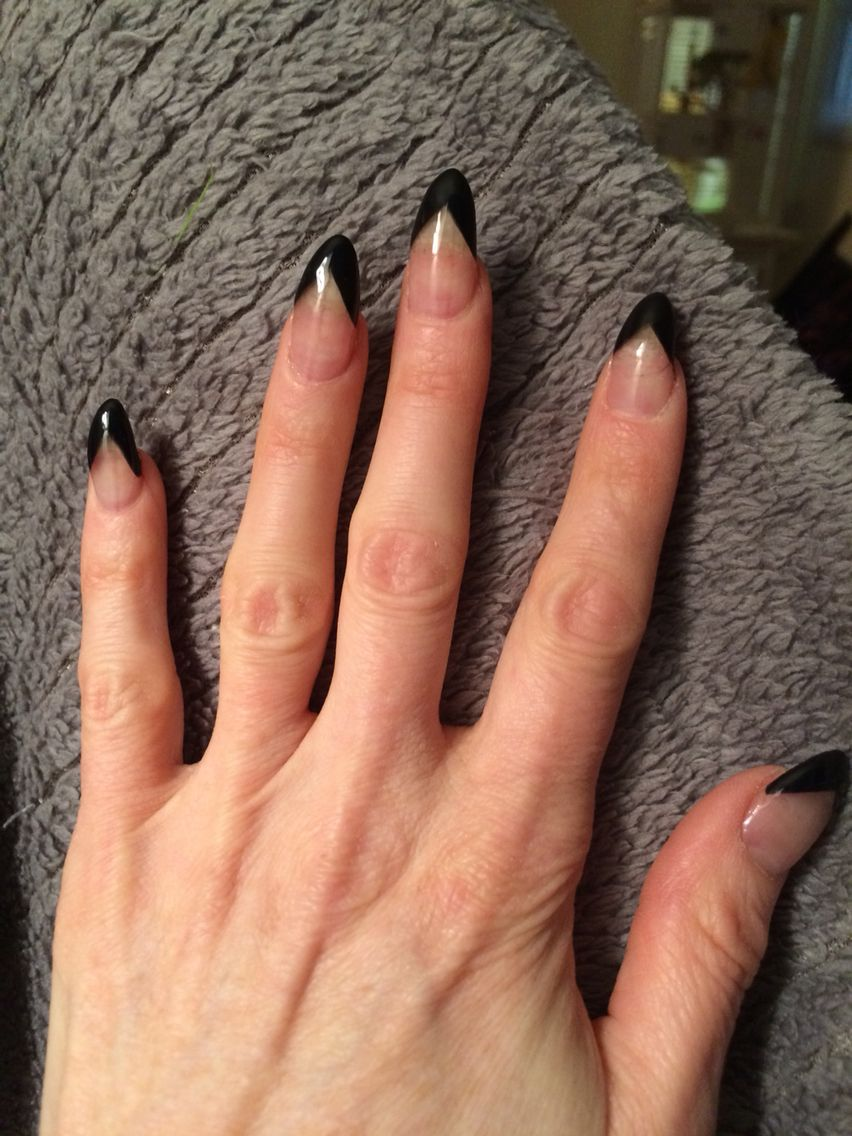 Almond nails, French manicure. Black tips | Fave nails | Pinterest