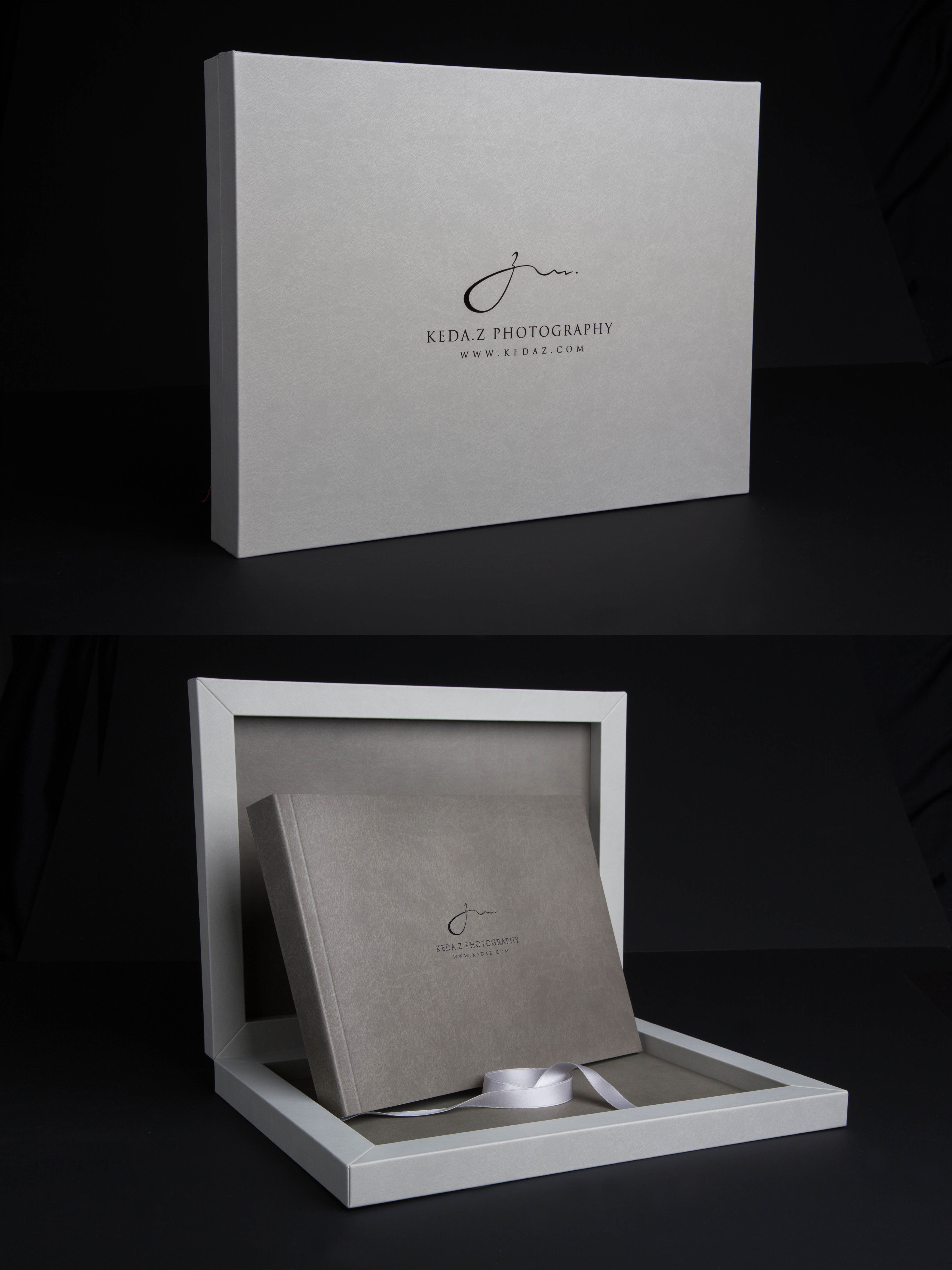 #Youngbook, box in #silver brilliant linen #material and #cover in #smokegray cloud leatherette created for #kedazphotography . #graphistudio #weddingbook #design #inspiration.