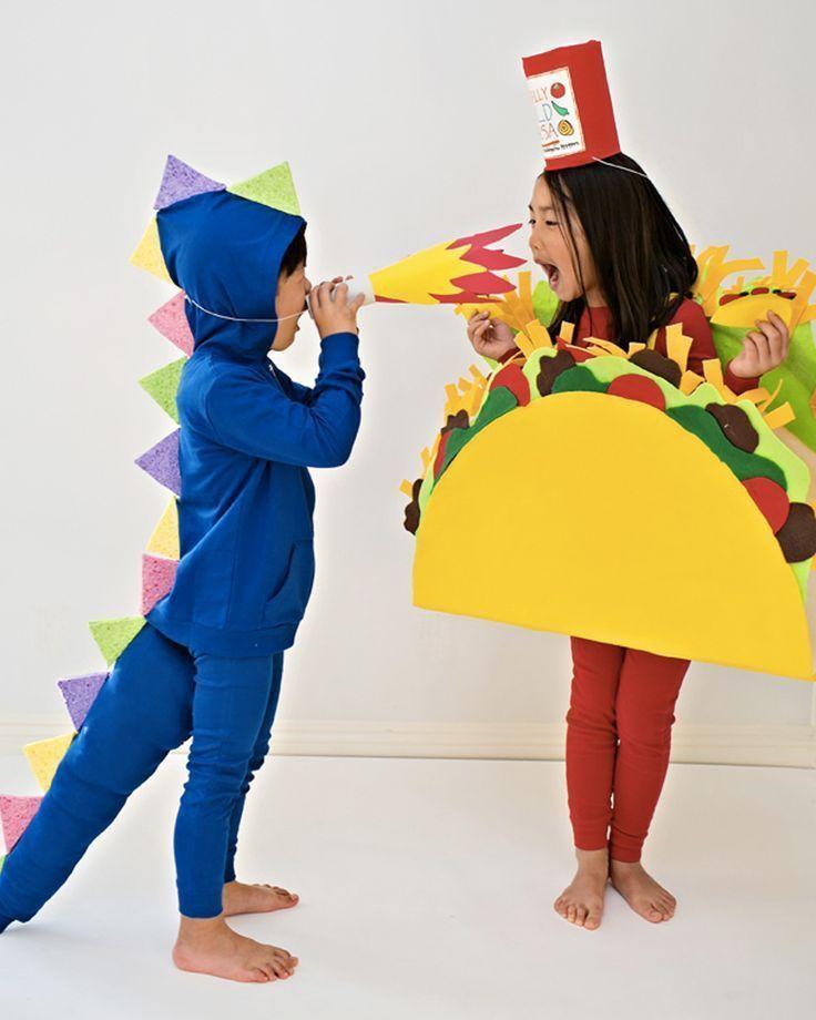 Déguisement Halloween : 15 idées DIY pour toute la famille #déguisementsdhalloweenfaitsmain déguisement halloween diy taco / taco costume diy halloween #déguisementsdhalloweenfaitsmain