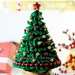 Make your own Christmas Tree this year, just follow the tutorial ...