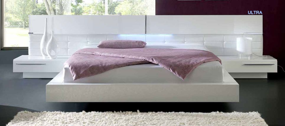 cama moderna color blnco con luz led
